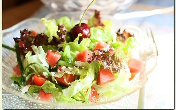 Watermelon Leaf Lettuce Salad With Light Feta