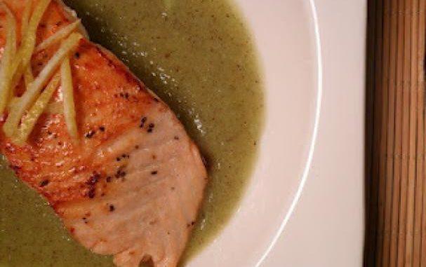 Salmon on Kiwi & Lemon Puree