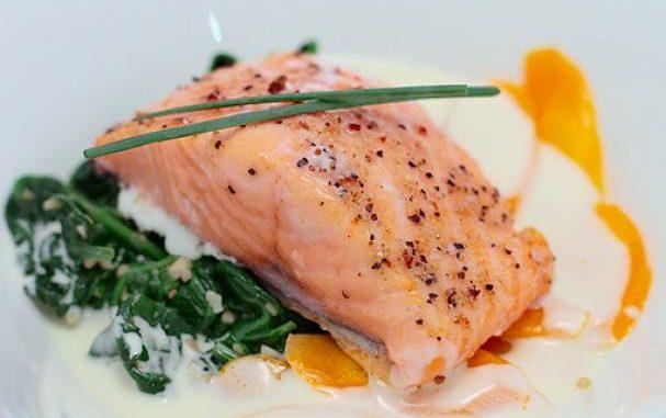 Salmon Confit with Lemongrass Sauce