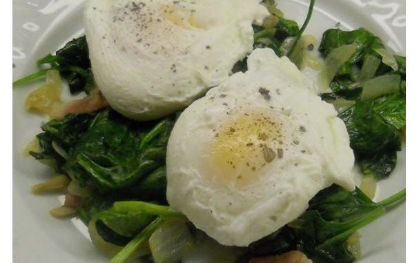 Simple Poached Egg Dinner