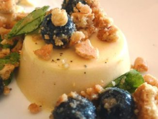Honey Panna Cotta With Blueberries and Graham Crackers