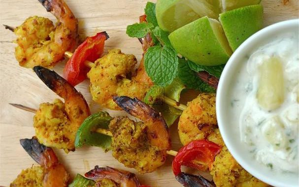 Grilled Masala Prawns With Pineapple-Mint Raita