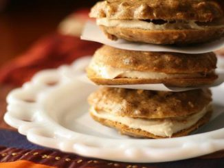 Maple-Nut Oatmeal Cream Pies