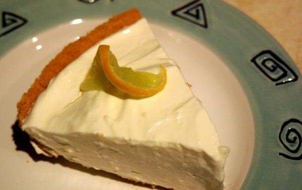 Keylime Cheesecake Pie