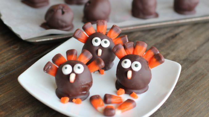 How to Make OREO Turkeys for Thanksgiving